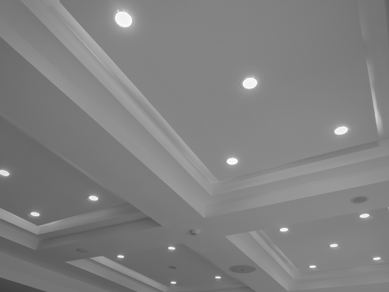 LED DOWNLIGHTS & FITTINGS
