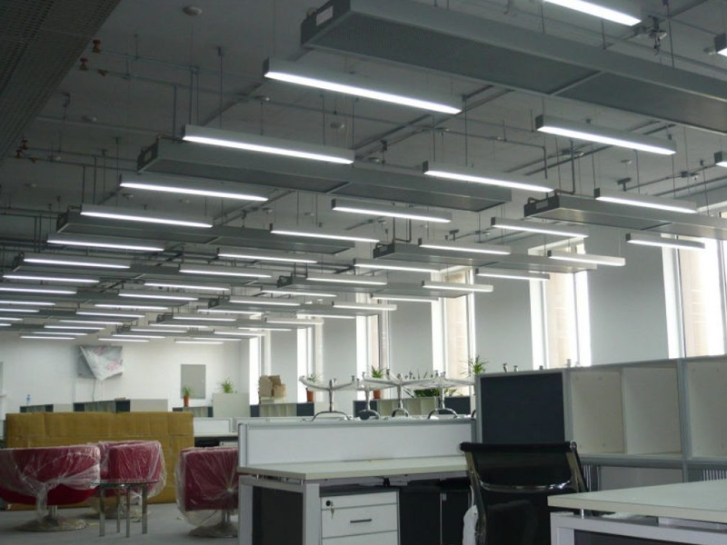 LED TUBE LAMPS AND FITTINGS